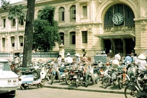 Hình ảnh xe cộ trên đường phố Sài Gòn trước 30/4/1975 - ảnh 7
