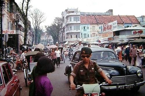 Hình ảnh xe cộ trên đường phố Sài Gòn trước 30/4/1975 - ảnh 2