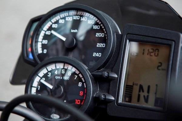Cận cảnh 'xế nổ' BMW F800R hơn 500 triệu đồng - ảnh 7