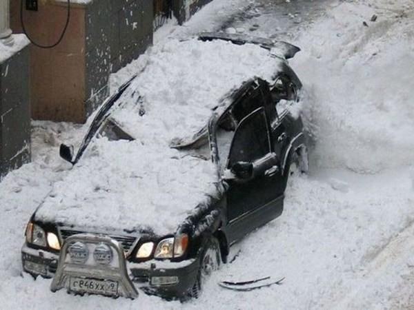 Những tai nạn ôtô kỳ cục nhất thế gian - ảnh 7