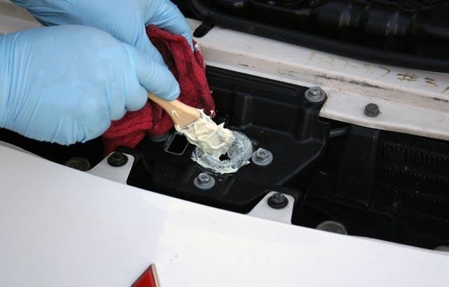 Các chi tiết nhỏ thường bị lãng quên khi bảo dưỡng xe ô tô  - ảnh 3