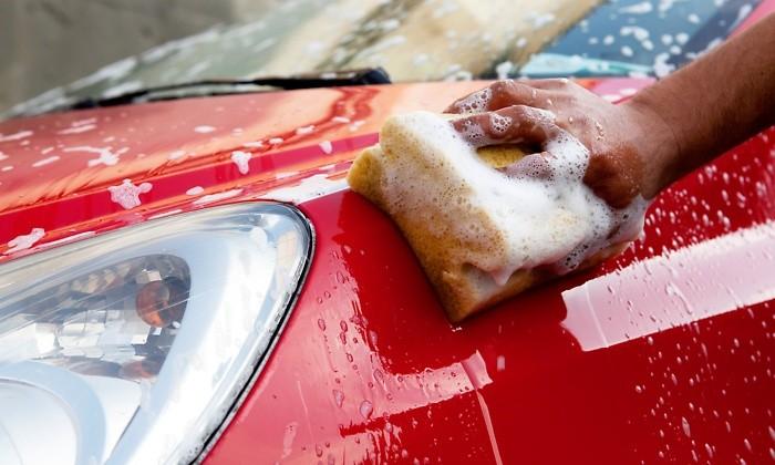 Làm gì để chống 'lão hóa' nước sơn ô tô  - ảnh 1