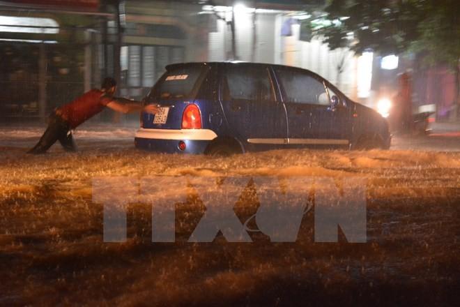 Số người chết và mất tích trong cơn bão số 1 lên tới 12 người - ảnh 1