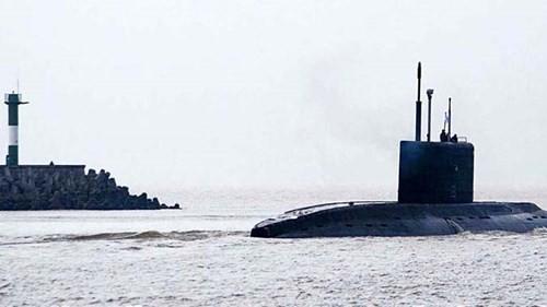 Tàu ngầm 185- Đà Nẵng sắp về Cam Ranh - ảnh 2