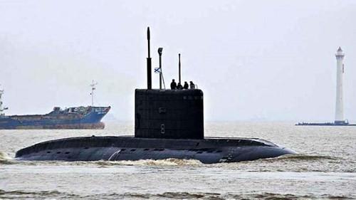 Tàu ngầm 185- Đà Nẵng sắp về Cam Ranh - ảnh 1