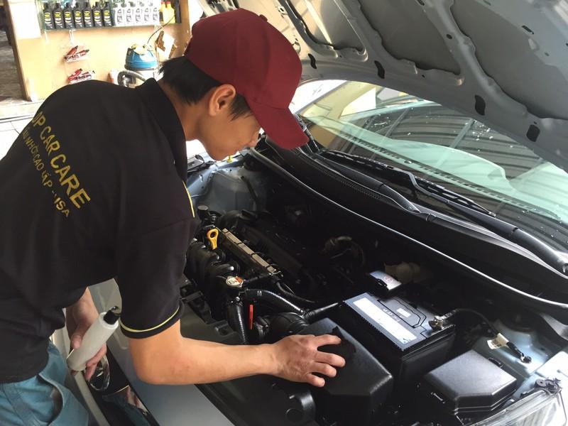Có nên rửa động cơ ô tô? - ảnh 2