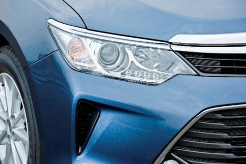 [ĐÁNH GIÁ] Toyota Camry 2.0E: Vua thực dụng - ảnh 5