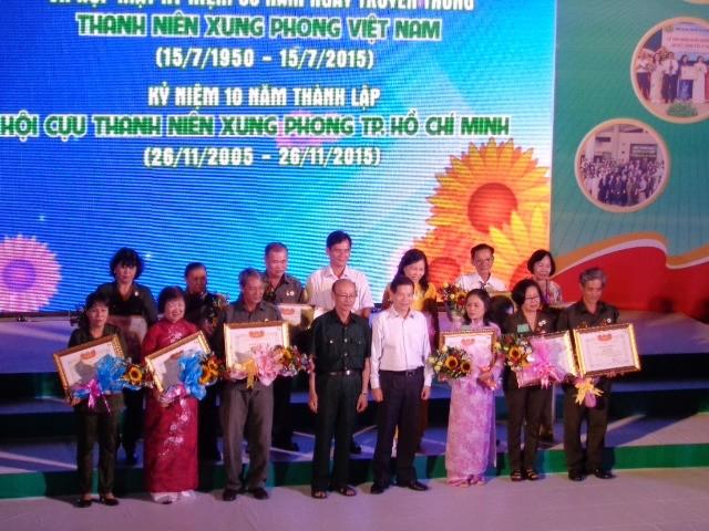 Kỷ niệm 65 năm ngày truyền thống thanh niên xung phong Việt Nam - ảnh 1