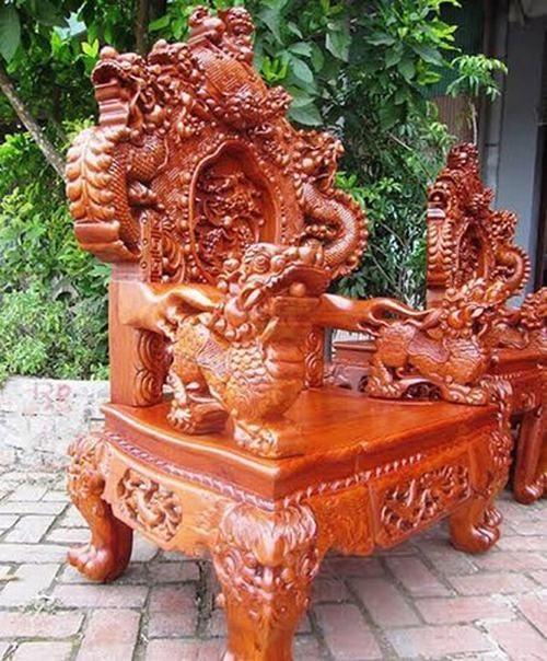 Bộ bàn ghế gỗ sưa trăm tỷ đắt nhất Việt Nam - ảnh 4