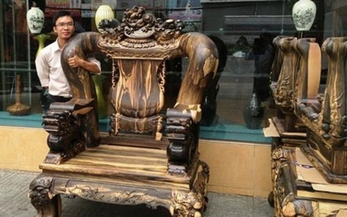 Bộ bàn ghế gỗ sưa trăm tỷ đắt nhất Việt Nam - ảnh 9