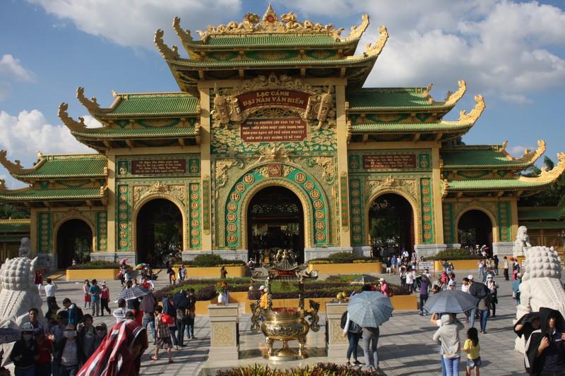 Khu du lịch Đại Nam mở cửa miễn phí trong ngày Quốc khánh - ảnh 1