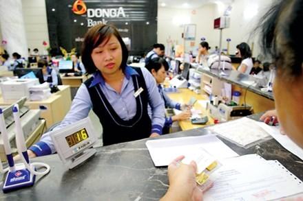 Ngân hàng Đông Á (DongA Bank) được thành lập và chính thức đi vào hoạt động vào năm 1992, với số vốn điều lệ 20 tỷ đồng. Trong hơn 20 năm hoạt động, DongA từng nằm trong nhóm ngân hàng cổ phần hàng đầu Việt Nam về quy mô và uy tín hoạt động. Ảnh: MD.