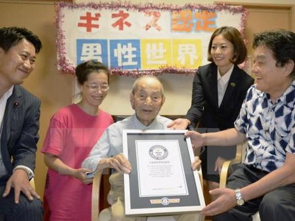 Nhật Bản có tới hơn 60.000 người thọ trên 100 tuổi - ảnh 1