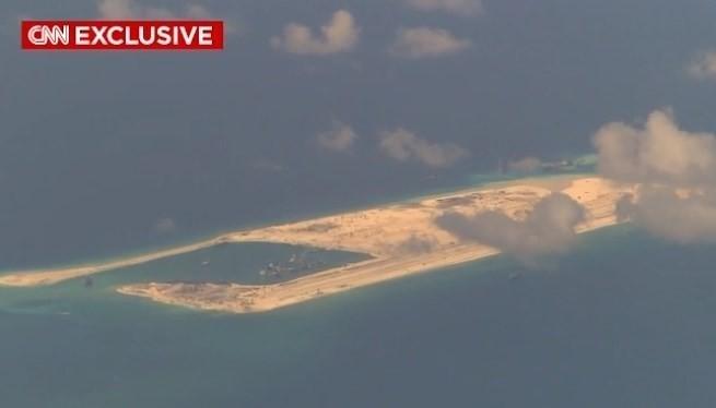 Ấn Độ phản đối hạn chế tự do hàng không, hàng hải trên Biển Đông - ảnh 1