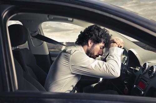 Những lưu ý quan trọng khi lái xe đường dài - ảnh 1