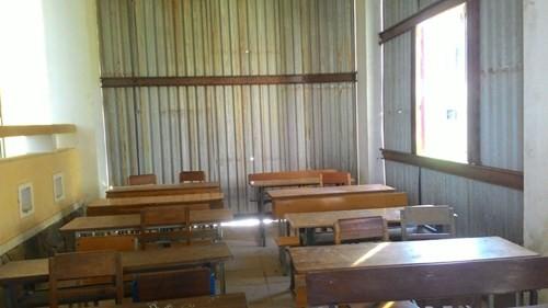 Trường 3 tầng lún cả mét, hàng trăm học sinh sơ tán khẩn - ảnh 3