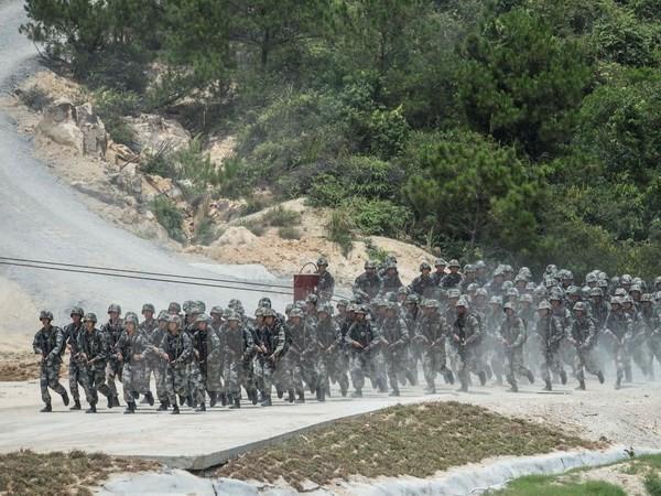 Trung Quốc trấn áp các tổ chức tư nhân trong quân đội  - ảnh 1