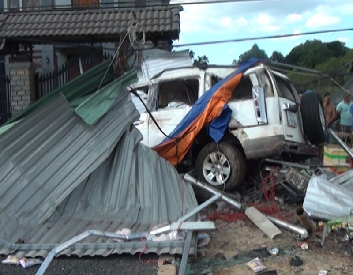 Khởi tố vụ tai nạn giao thông làm ba người chết, bảy người bị thương    - ảnh 1