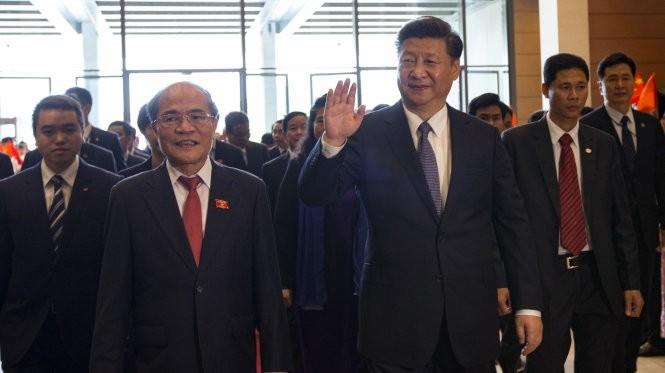 Ông Tập Cận Bình đến thăm Quốc hội Việt Nam sáng 6-11 - Ảnh: V.Dũng