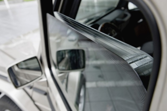 Cận cảnh xe chống đạn Mercedes S600 Pullman Guard đón ông Tập Cận Bình  - ảnh 10