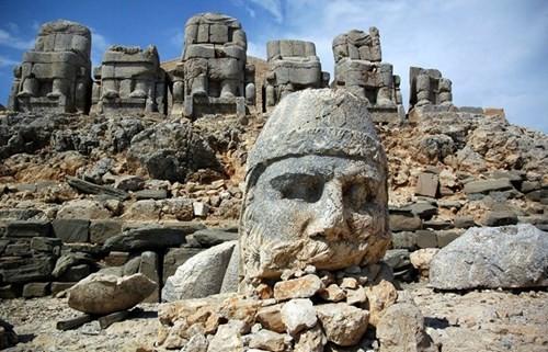 Bí ẩn lăng mộ khổng lồ 2.000 tuổi ở Thổ Nhĩ Kỳ - ảnh 10