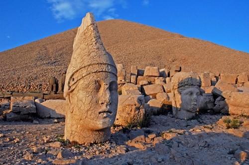 Bí ẩn lăng mộ khổng lồ 2.000 tuổi ở Thổ Nhĩ Kỳ - ảnh 15