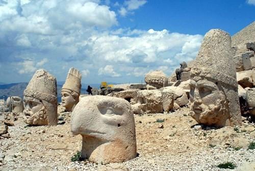 Bí ẩn lăng mộ khổng lồ 2.000 tuổi ở Thổ Nhĩ Kỳ - ảnh 8