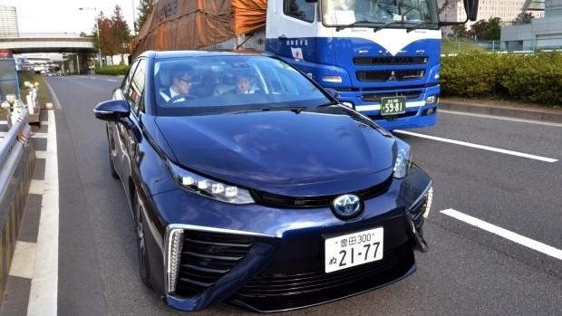 Sang Nhật càng xấu hổ cho kiểu lái ôtô Việt Nam - ảnh 2