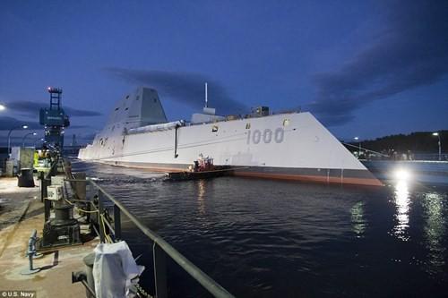 """Choáng ngợp với tàu khu trục """"khủng"""" giá 4,4 tỷ USD của Mỹ - ảnh 3"""