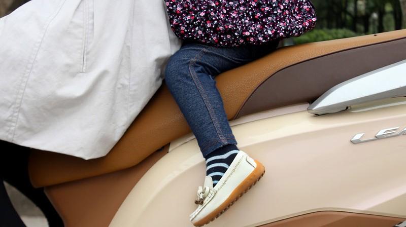 7 điều lưu ý an toàn khi chở bé đi xe máy - ảnh 5