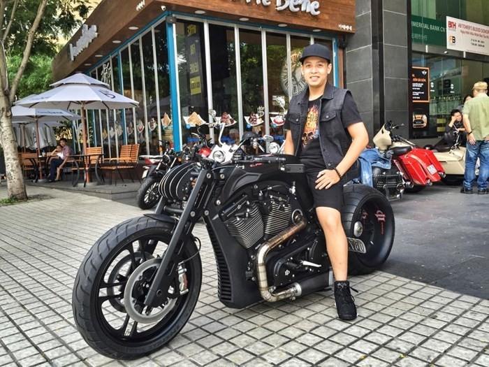 Những xe máy đắt nhất năm 2015 tại Việt Nam - ảnh 10