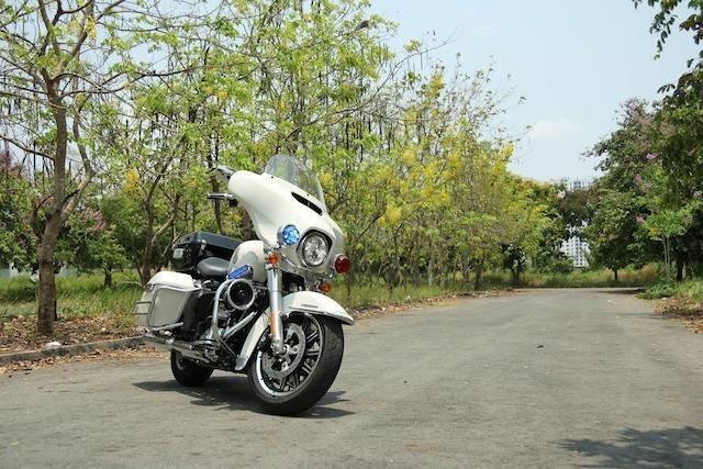 Những xe máy đắt nhất năm 2015 tại Việt Nam - ảnh 6