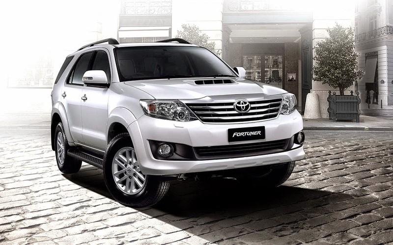 5 mẫu SUV 7 chỗ được người Việt ưa chuộng nhất năm 2015 - ảnh 2