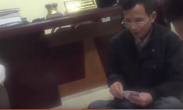 Xác nhận vụ trưởng công an phường đánh bạc nơi làm việc - ảnh 1