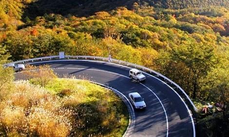 Kinh nghiệm lái xe số tự động lên đèo, xuống dốc (Bài 1) - ảnh 2