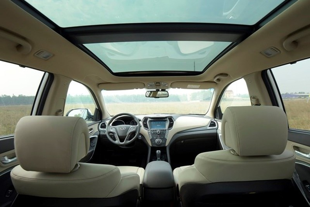Chính thức ra mắt, Hyundai SantaFe 2016 giá từ 1,1 tỷ đồng - ảnh 4