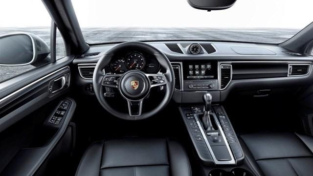 Porsche bắt đầu bán xe Macan phiên bản 2.0 tại Việt Nam
