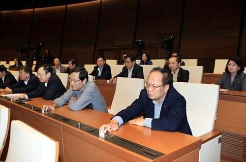 Miễn nhiệm 8 Uỷ viên Uỷ ban Thường vụ Quốc hội và Tổng kiểm toán - ảnh 1