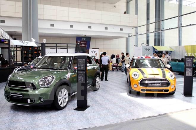 Hàng loạt xế sang hội tụ tại triển lãm BMW World Vietnam 2016  - ảnh 2