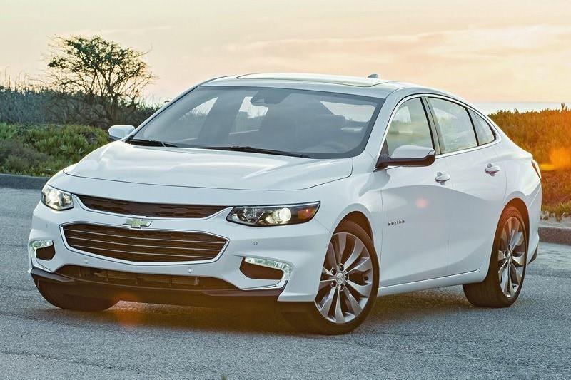 8 mẫu sedan hạng trung tiết kiệm nhiên liệu nhất năm 2016 - ảnh 6