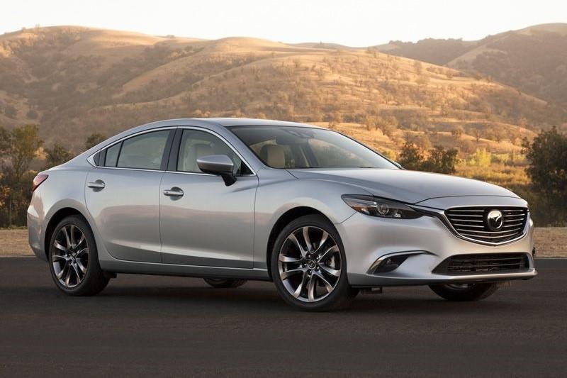 8 mẫu sedan hạng trung tiết kiệm nhiên liệu nhất năm 2016 - ảnh 2