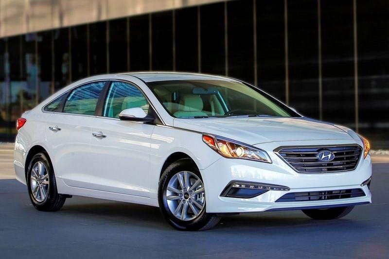 8 mẫu sedan hạng trung tiết kiệm nhiên liệu nhất năm 2016 - ảnh 4