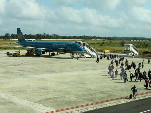 Thêm trường hợp máy bay Vietnam Airlines bị chiếu laser vào buồng lái - ảnh 1