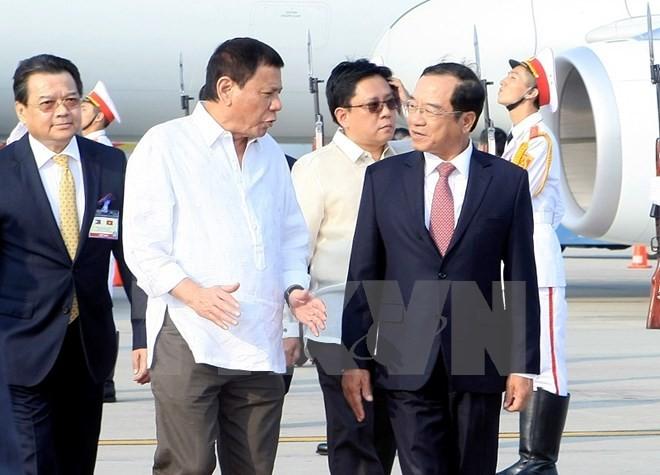 Tổng thống Philippines Duterte đã đến Hà Nội - ảnh 4