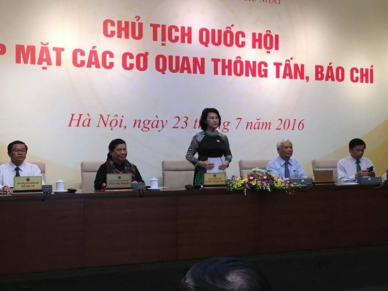 Tân Chủ tịch QH tiếp xúc báo chí: 'Đúng quy trình' chỉ là điều kiện cần - ảnh 5
