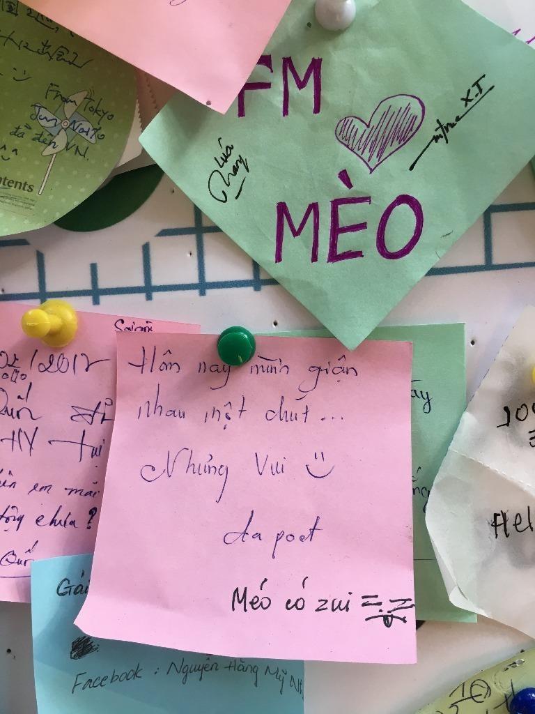 Hàng trăm lời tỏ tình ở đường sách ngày Valentine - ảnh 3