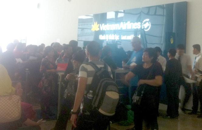 Vietnam Airlines lên tiếng vụ mắc kẹt 380 kiện hành lý - ảnh 1
