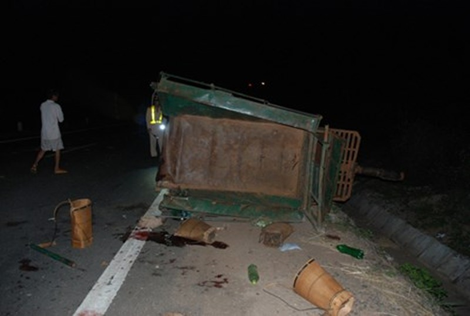 Yêu cầu khẩn trương cấp cứu nạn nhân vụ tai nạn làm năm người chết - ảnh 1