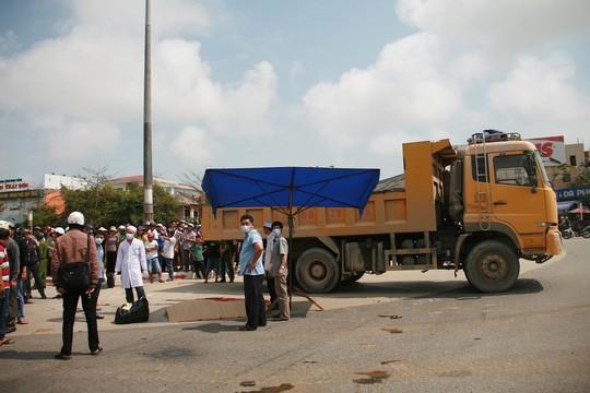 Xác minh thông tin xe tải cố tình cán chết người già - ảnh 1