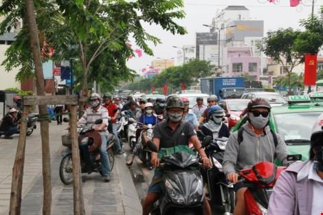 Bộ Giao thông lập tổ công tác giảm ùn tắc ở sân bay Tân Sơn Nhất - ảnh 1